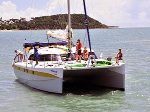 catamarano-in-mare1
