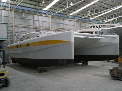 costruzione-catamarano1