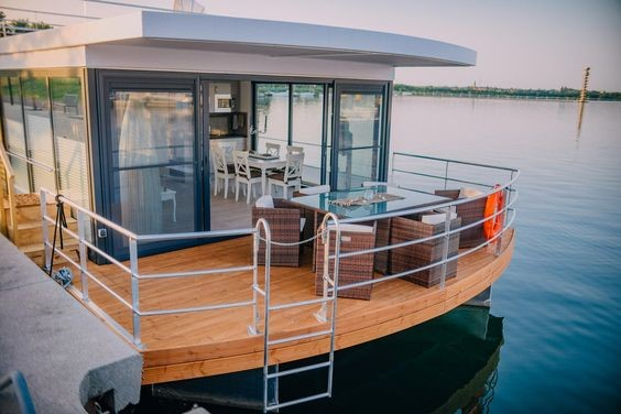 house-boats2