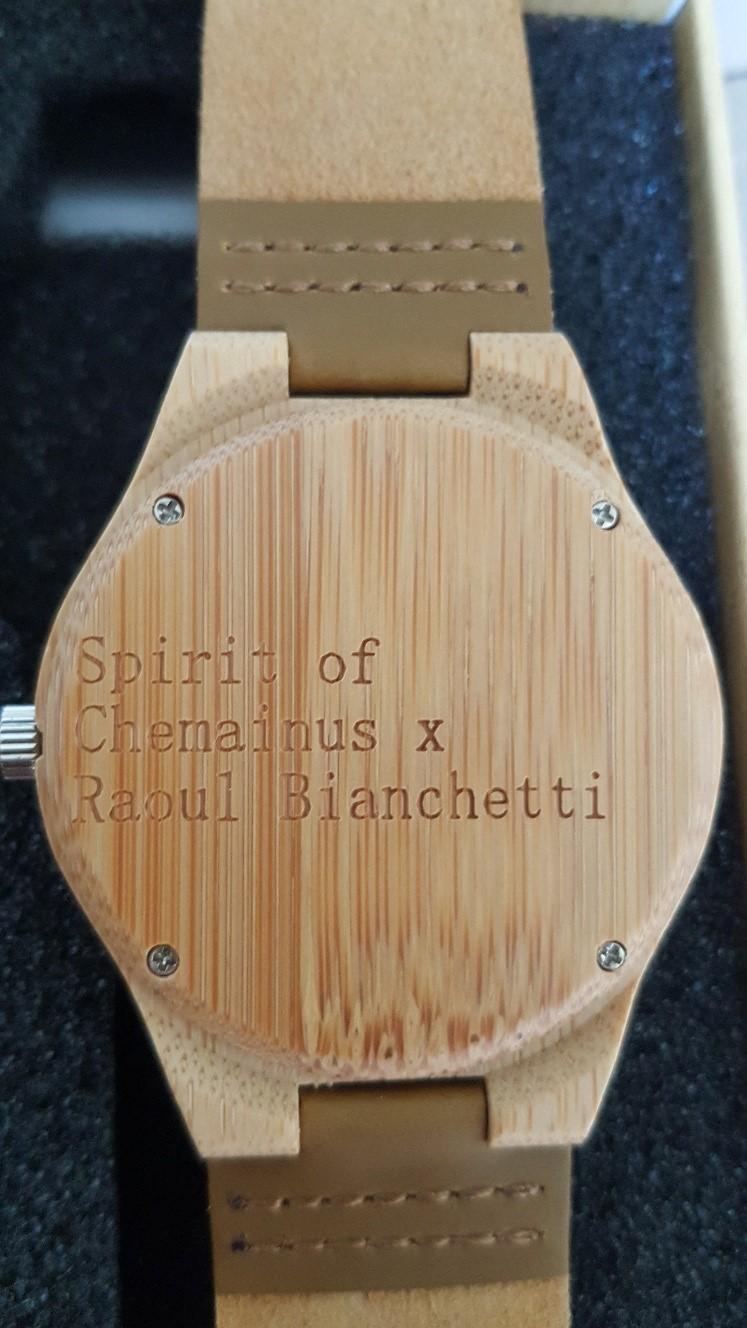 orologio-in-legno-dello-spirit-of-chemainus