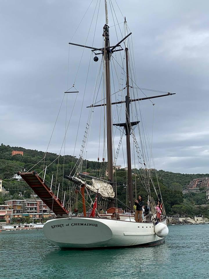 spirit-of-chemaiuns-ormeggiato-a-porto-venere