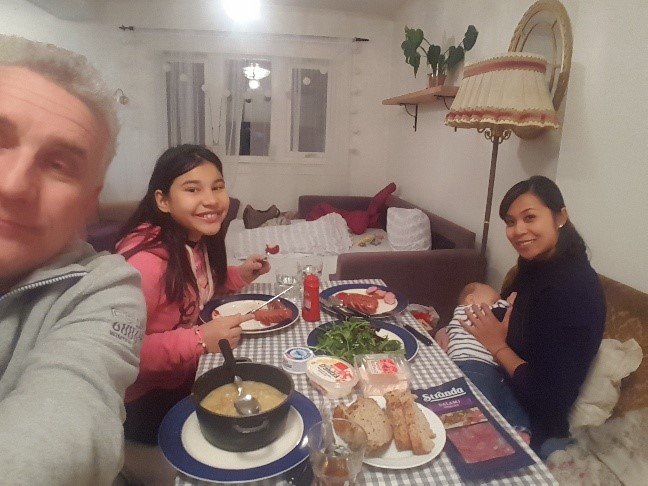 Famiglia a cena a Bergen